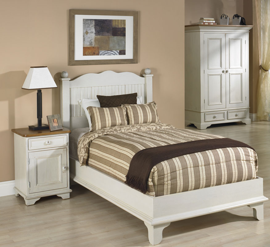 Beadboard Platform Bed Bedroom Set with White Paint Finish | Kate ...