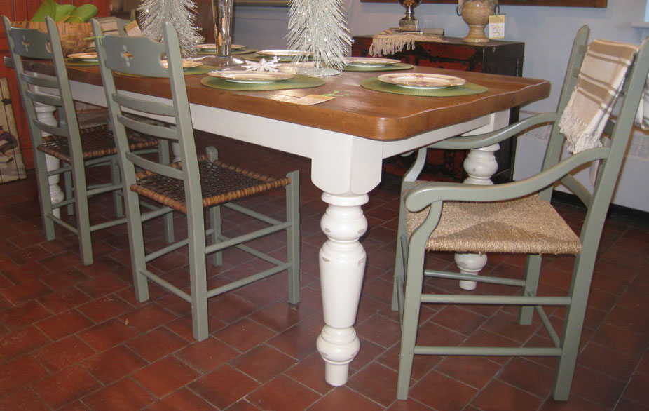 French Country Farm Table With Vintage Wood Top Champlain White - Farmhouse table with white base
